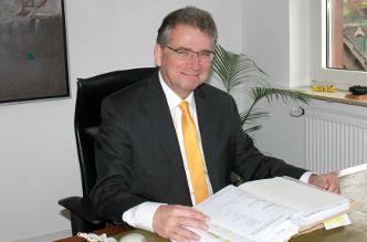 Rechtsanwalt Dr. Paul Uebbert